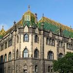Eltávolítják az Iparművészeti Múzeum tornyát