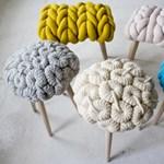 Amikor a pulóverek lábra állnak - ötletes ülőkék a hidegebb napokra