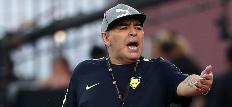 Lelket akar önteni az övéibe Maradona