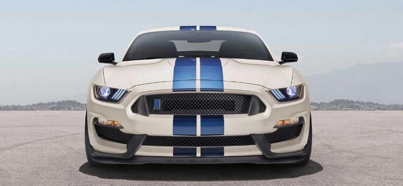 Hagyománytisztelet kimaxolva, íme a legújabb Shelby Mustang