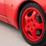 Pirosnál is pirosabb ez a 28 évesen újszerű, éppen eladó Porsche