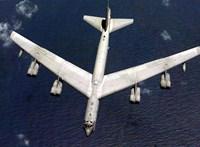 Amerikai atombombázó jelent meg Oroszország partjainál, Szu–27-esek kergették el
