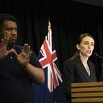Betiltják a katonai jellegű fegyvereket Új-Zélandon a terrortámadás után