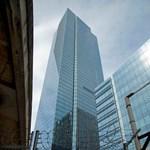 Eléggé süllyed ez az 58 emeletes ház San Franciscóban