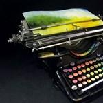 Ez az átalakított írógép a legkülönlegesebb képeket festi meg
