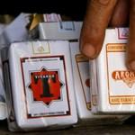 Tízezer doboz csempészcigivel menekült az ukrán autós