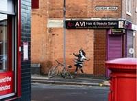 Vége a találgatásoknak: Banksy elismerte, hogy ő készítette a nottinghami házfalon feltűnt graffitit