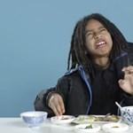 """""""Mint a tehéntrágya"""": Gyerekek kóstolták a világ reggelijeit – cuki videó"""