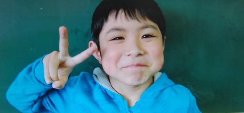 Az erdőben hagyott japán kisfiú elmesélte, hogy élte túl hat napig