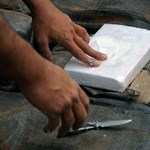 Meghalt egy japán férfi egy repülőn, majd 246 zacskó kokaint találtak a gyomrában