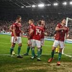 Húszmillió forintot adományozott beteg gyerekeknek és a Tábitha Háznak a magyar fociválogatott