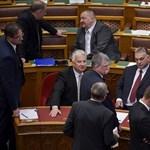 A lex Czeglédiről és a magántanulói státusz megszüntetéséről is szavaznak kedden