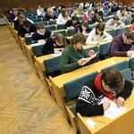 Még viccnek is rossz: megszüntetnék a főiskolákat Ukrajnában