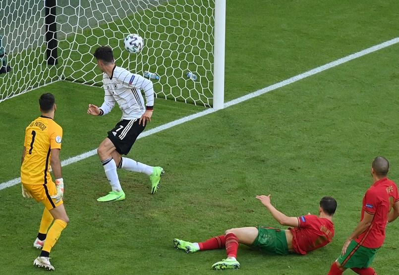 Potyognak a gólok a Portugália-Németország meccsen (4-2) – a labdarúgó Eb kilencedik napja percről percre