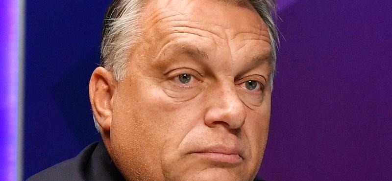 Lecserélte focis hátizsákját Orbán