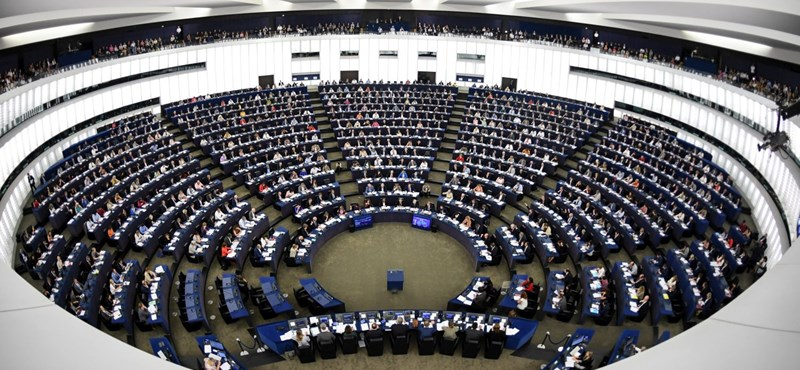 Ujhelyi: A Fidesz EP-képviselői támogatják a menekültek integrációját
