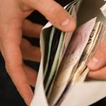 Ennyit ér a diploma: kezdőfizetések és elhelyezkedési esélyek