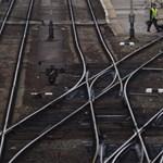 Egyetemisták tüntettek vonatjáratok megszüntetése ellen