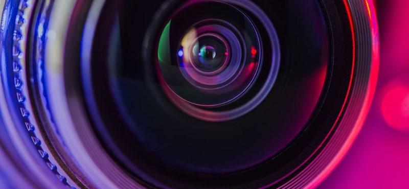 Találtak 2000 olyan otthoni kamerát, amelyek képébe idegenek is belenézhetnek
