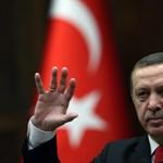 Az Amnesty International török vezetőjét is utolérte Erdogan bosszúja