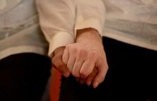A Háttér Társaság a köztévének: a homoszexualitás nem betegség, nem lehet gyógyítani, és nem is kell