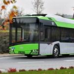 Hétfőn beköszönt az elektromosbusz-korszak Pakson