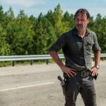 Hónapokat, de lehet, hogy éveket ugrik előre a The Walking Dead