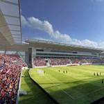 Használhatatlan a főlelátó, tovább csúszik a fehérvári stadionépítés