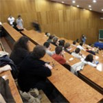MSZP: több egyetem és főiskola zárhat be a kormány tervei miatt