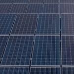 Oroszlányban és Felsőzsolcán is energiát csinálnak a napfényből