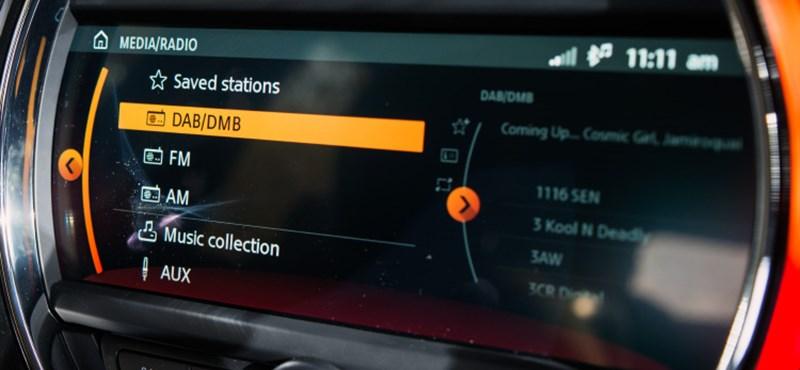 Hétfőtől kötelező a digitális rádió az új autókban, igaz Magyarországon megszűnt a sugárzás
