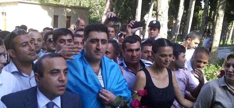Amit a minisztériumban nem tudnak: Azerbajdzsán a nemzetközi jognak megfelelően adott kegyelmet