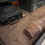 Gránátot találtak Budapesten - fotó