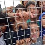 Államtitkár a tranzitzónánál: nem a bajban lévő családokat vádoljuk