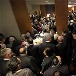 Blikk: gyorsított eljárásban kemény büntetés három zsidózónak