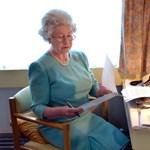 Először posztolt Erzsébet királynő az Instagramra