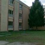 Kizuhant egy ötödikes diák az ablakból, mert osztálytársai heccelték
