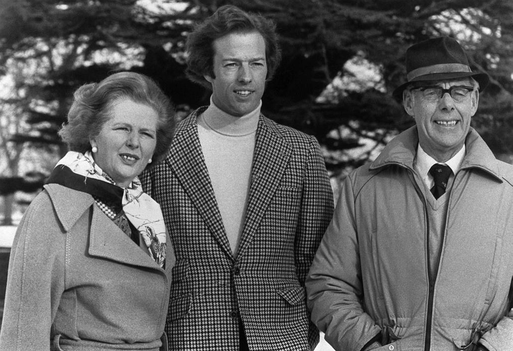 1982. január 16. - a szűk család: Margaret fia Mark Thatcher, s édesapja Denis Thatcher - Margaret Thatcher