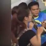 Arcon harapott egy turistát egy thai óriáskígyó – videó