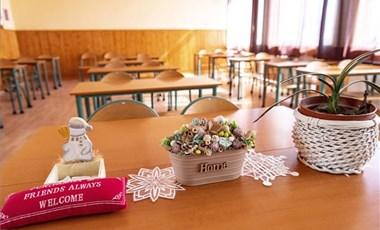 21-en kapták el a koronavírust egy mezőkövesdi iskolai értekezleten
