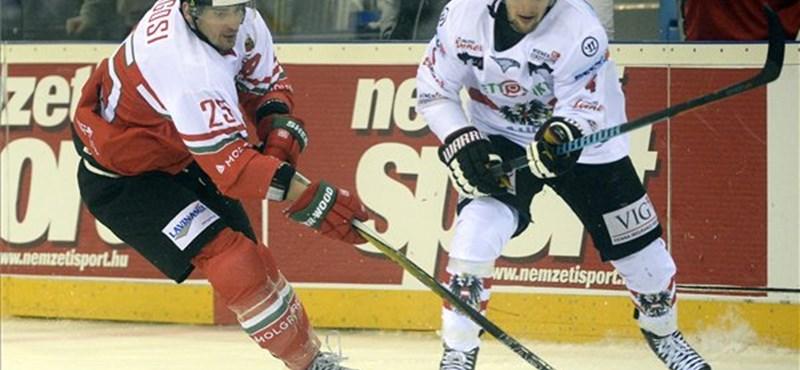 Négygólos győzelmet arattak a magyarok az osztrák jégkorong-válogatott ellen