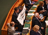 Török Gábor: A kormánytöbbségnél van a stukker, és nem félnek használni