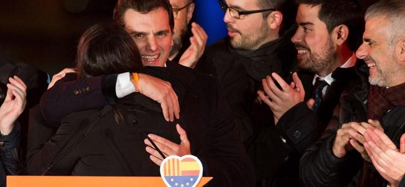 150 ezer ember munkája forog kockán a katalán választások után