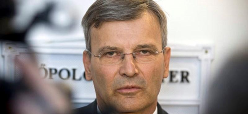 Demszky szerint nyilvánossá kell tenni a 4-es metró korrupciós jelentését