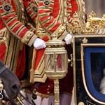 Felújítják, mert szinte ráomlik a királynőre a Buckingham-palota