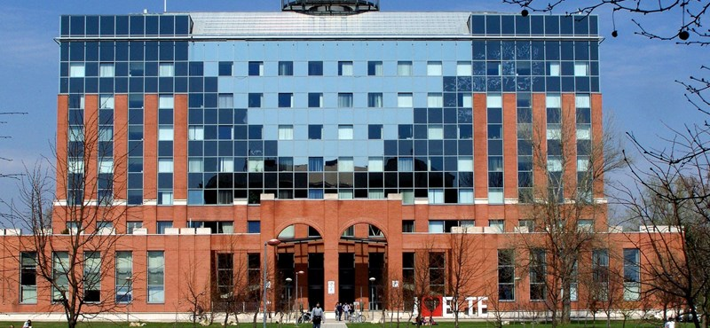 A vírus miatt az ELTE TTK megtiltotta az összes előadás és szeminárium jelenléti megtartását