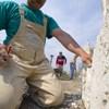 Panaszkodnak a munkások, nem engedik be őket egy budapesti étterembe