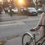 A koronavírus elleni oltás egy dolog, de hallott már róla, hogy idén egy 39 éves nő megtanult biciklizni?