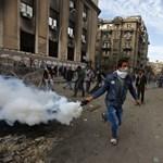 Drukkerlázadás Egyiptomban: egy ember meghalt, 18 megsérült