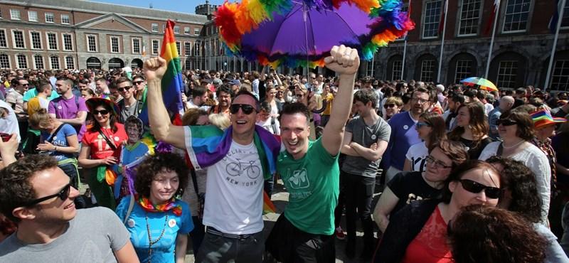 Írország történelmet írt: igen a melegházasságra